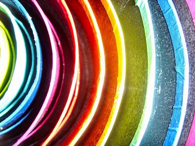 Kirkkaat värit
