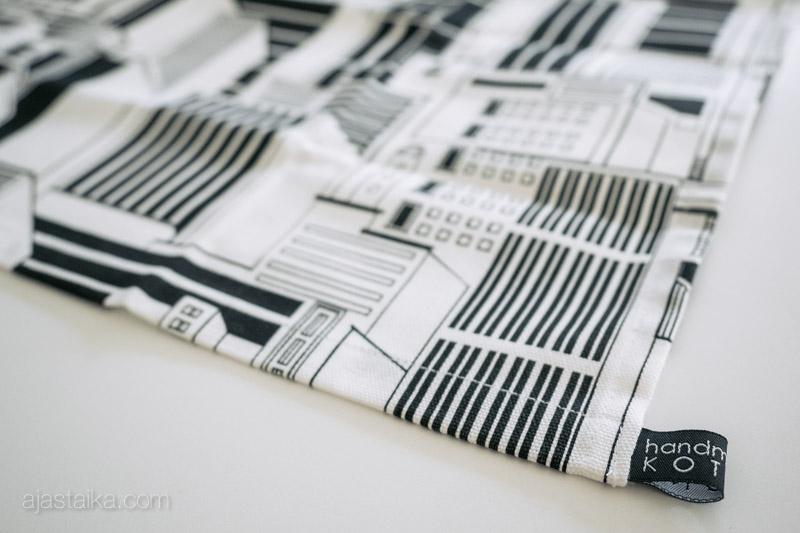 handmade by KOTONA -keittiöpyyhe